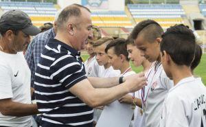 Юные футболисты луганской СДЮСШОР победили в открытом турнире