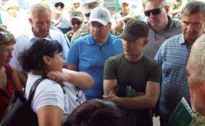 Госкомиссия в Станице Луганской. Кто и зачем приезжал
