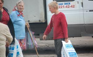 Команда Шахова продолжает подкупать избирателей сахаром. Полиция бездействует