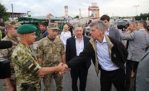 Вчера Волкер посетил Станицу Луганскую