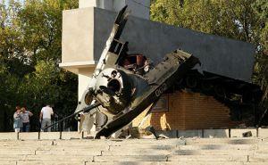 В Луганске «минировали» памятники