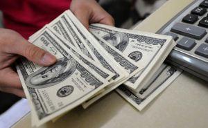 Более $5,5 млрд за полгода заробитчане перевели в Украину