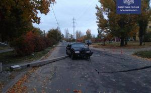 Пьяный водитель на «Жигулях» сбил два железобетонных столба и убежал