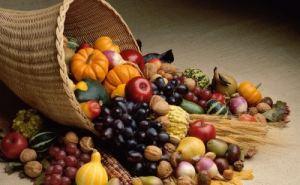 Выбор овощей и фруктов в осенне-зимний период в Луганске