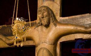Копию животворящего креста привезли в Луганск