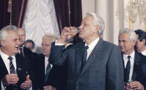 Кравчук заявил, что с Донбассом нужно решать, как решали с СССР в Беловежской пуще