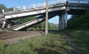 Завершен монтаж взорванного в ЛНР моста