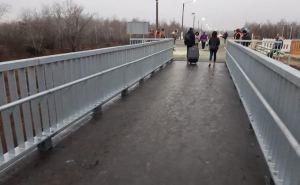 Поток людей, пересекающих КПВВ «Станица Луганская» увеличился минимум на 2 тысячи человек в сутки.