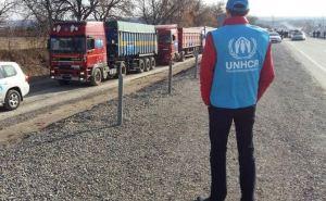 Два десятка грузовиков с гумпомощью заехали со стороны Украины на неподконтрольный Донбасс