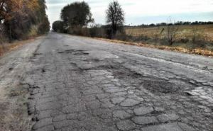 Весной капитально отремонтируют дорогу от Северодонецка до Станицы Луганской,— ЛОГА
