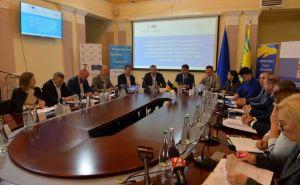 Верховная Рада рассмотрит законопроект о выплате пенсий жителям неподконтрольных Луганска и Донецка