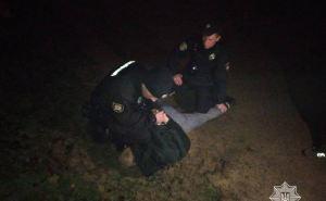 В Рубежном сегодня ночью в жилом квартале мужчина открыл стрельбу