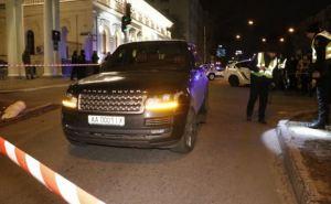 В самом центре Киева расстреляли внедорожник основателя сети донецких супермаркетов. Погиб его 3-х летний сын, находившийся в авто