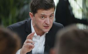 Зеленский заявил, что обяжет мэров и губернаторов обеспечить жильем переселенцев