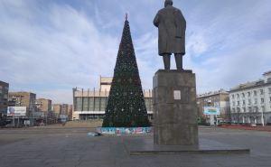 Новогоднее настроение в Луганске: насколько оно новогоднее