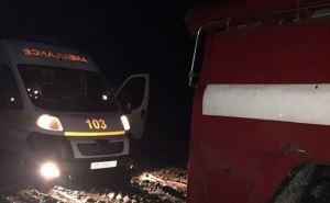 На севере Луганщины дорог практически нет. «Скорую помощь» спасали ГСЧС. ФОТО