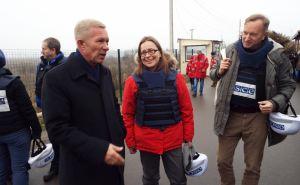 Станицу Луганскую посетила делегацияЕС