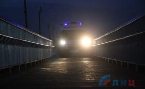 Через мост в Станице Луганской проехали машины «скорой помощи» в обоих направлениях. ФОТО