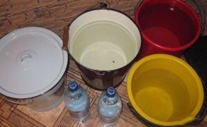 Водой запастись на завтра необходимо целому району