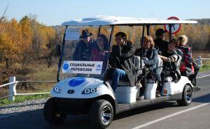 Стало известно сколько людей на КПВВ «Станица Луганская» перевезли электрокары за 2019 год. ФОТО