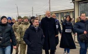 Действующий председатель ОБСЕ Эди Рама вместе с Людмилой Денисовой побывали в КПВВ «Станица Луганская»
