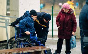 В районе КПВВ «Станица Луганская» саперы проводят обследование местности