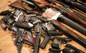В марте в Луганске начался месячник добровольной сдачи оружия, боеприпасов и взрывчатых веществ