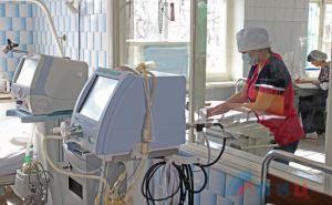Пасечник проверил готовность луганской больницы №4 к госпитализации пациентов с симптомами заражения COVID-19. ФОТО