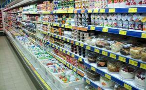 Голода не будет: 64 поставщика продуктов получили «добро» на въезд в Луганскую область
