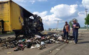 В «Новой почте» рассказали почему сгорела фура с посылками в Рубежном. ФОТО