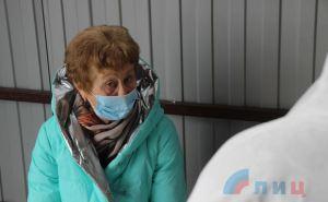 Живые завидуют мертвым. Появились ФОТО как пропускали через КПВВ «Станица Луганская»