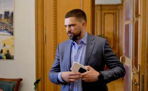У Зеленского еще не отказываются от выборов на Донбассе одновременно с местными