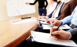 Жители Луганской области и ВПО могут получить по 350 долларов для прохождения курсов, тренингов и получения профессионального образования