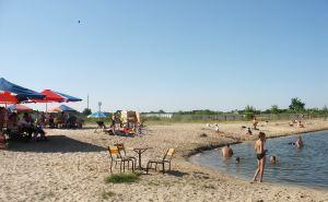 В Северском Донце купаться нельзя. Можно в Айдаре и в Деркуле