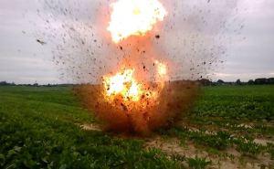 Женщина подорвалась на взрывном устройстве в Краснодонском районе