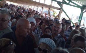Как выглядела очередь на КПВВ «Станица Луганская» сегодня и сколько людей прошло вчера.ФОТО