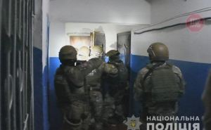 В Рубежном мужчина угрожал взорвать многоэтажку