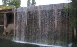 Каскадные водопады на Орловых прудах в Алчевске могут исчезнуть. ФОТО