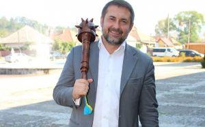Сколько заработал  Луганский губернатор Сергей Гайдай в августе
