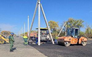 Со стороны Луганска в пунктах пропуска у Счастья и Золотого продолжаются строительные работы