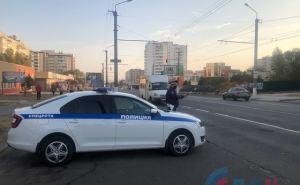 В Луганске СЭС и ГИБДД проверяют соблюдение масочного режима в маршрутках. ФОТО