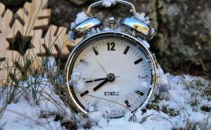 Завтра в Украине перейдут на зимнее время