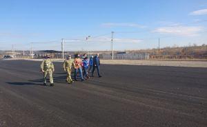 Обострение на Донбассе подвешивает вопрос открытия новых КПВВ,— Арестович