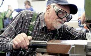 Зарплата и пенсия: что нужно знать работающим пенсионерам