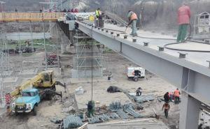 При восстановлении моста в Станице Луганской, который открывал Зеленский, украли 3,4 млн гривен