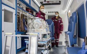 Два реанимобиля для детей получил Луганский центр экстренной медпомощи и медицины катастроф. ФОТО