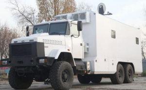 Чтобы луганчане могли получить свои украинские пенсии, бронированные мобильные пункты «Ощадбанка» нужно разместить на «нуле» между КПВВ ,— правозащитник