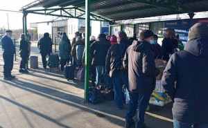 За последний месяц через КПВВ на Донбассе прошли почти 43 тысячи человек