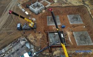 Под Попасной строят новую 150-метровую телебашню. Обещают, чтоТВ сигнал добьет аж до Луганска Видео