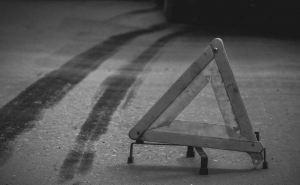 В Луганске в переполненную маршрутку № 117 врезался автомобиль